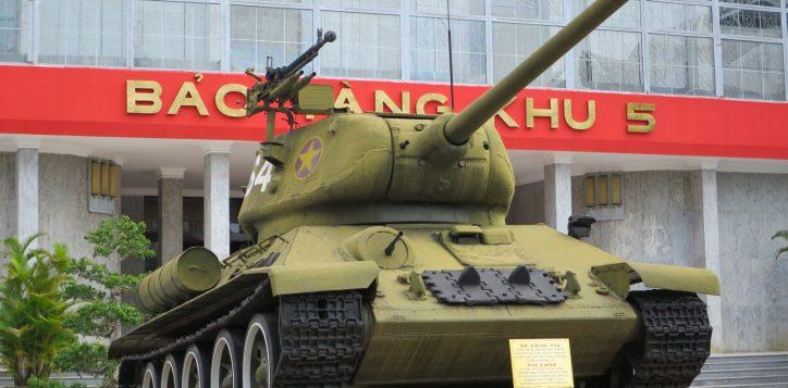 t34_85_at_zone_5_military_museum_danang-2