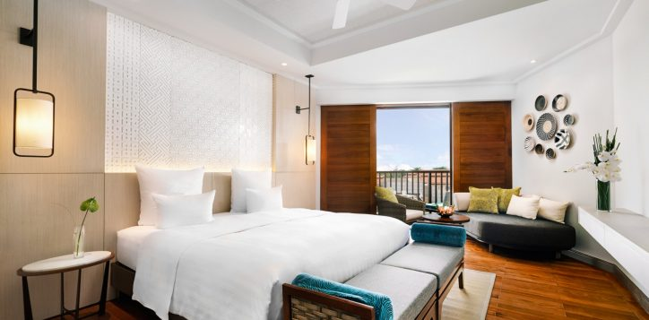 deluxe-king-bed-room-cottage-at-pullman-danang-beach-resort-vietnam-5-star-hotel2-2