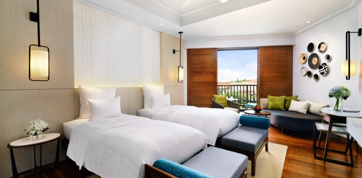 deluxe-twin-bath-room-cottage-at-pullman-danang-beach-resort-vietnam-5-star-hotel2-2
