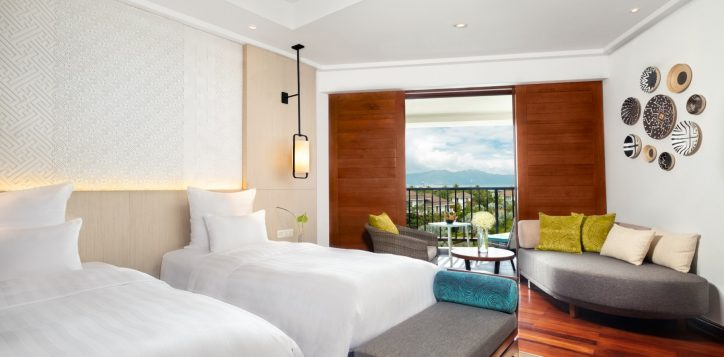 deluxebayview-twin_bed-and-view_pullman-danang-beach-resort_5-star-hotel-2