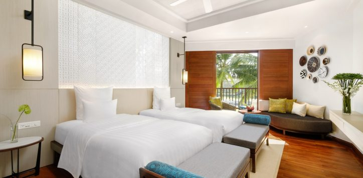 superiortwin-bed-room-gardern-view-at-pullman-danang-beach-resort-viet-nam-2