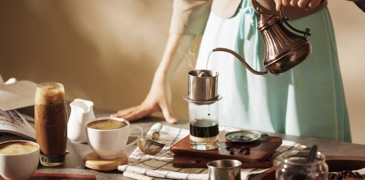 vietnamese-coffee-making-class-at-infinity-bar-danang-vietnam-2