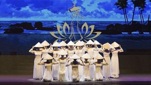 da-nang-festival-pullman-danang-bieu-dien-nghe-thuat-o-da-nang-restaurant-near-me-resort-in-danang-show-in-danang-pullman-danang-beach-resort-cac-chuong-trinh-nghe-thuat-o-da-nang-2