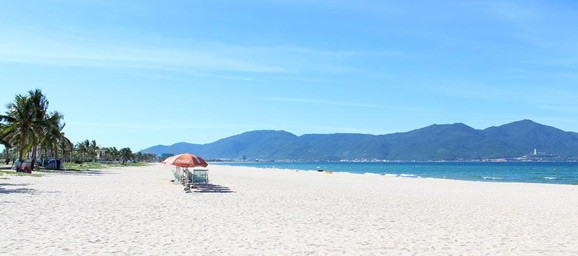 my-khe-beach-da-nang-2