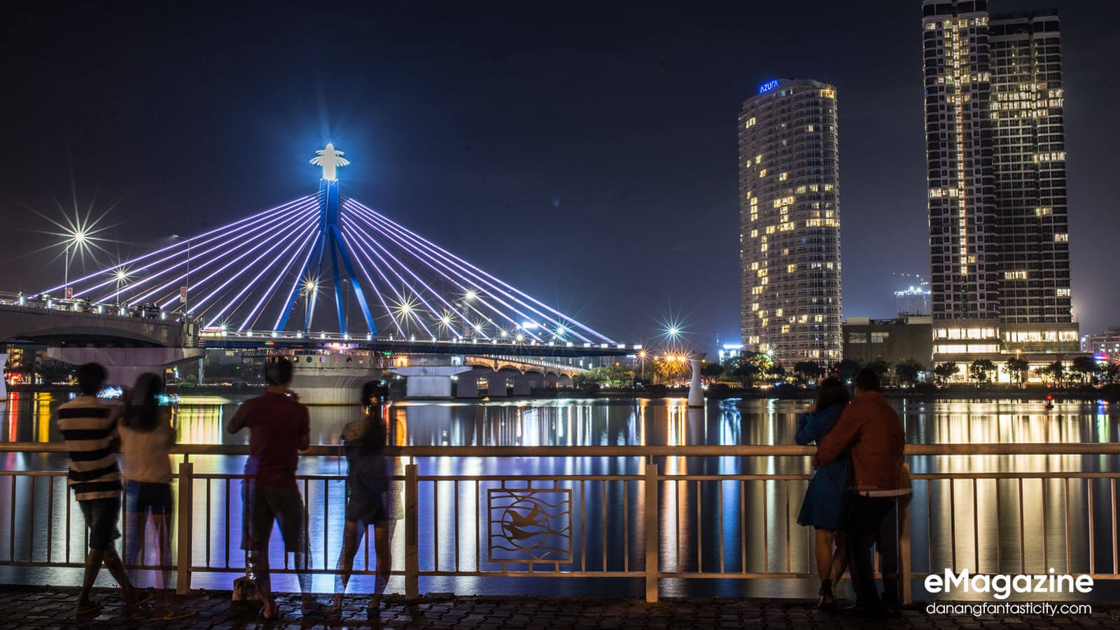 The-dazzling-beauty-of-Han-River-Bridge-under-city-lights-vẻ-đẹp-của-cầu-sông-Hàn-vào-ban-đêm-Han-River-Bridge-DN-residences-pride