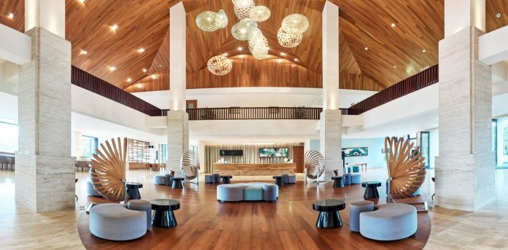 lobby-pullman-danang-beach-resort-best-beach-resort-vietnam-2